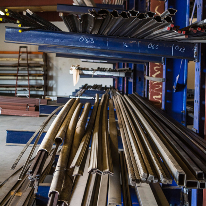 Structural Steel Pipes : Craig en taggert our products