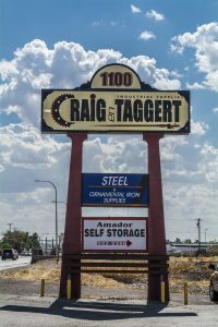 Craig en Taggert - Industrial Supply